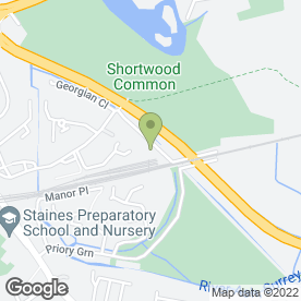 Map of D Olliffe Plumbing & Heating in Staines-Upon-Thames, middlesex