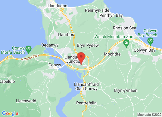 W R Davies Llandudno Junction Renault Dacia's location