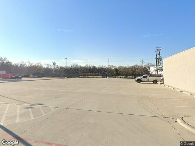 Photo of Former Location of Crystal's Pizza & Spaghetti  — 930 W Airport Fwy, Irving, Texas 75062