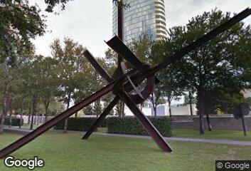 Sculpture - Mark di Suvero, Eviva Amore, 2001