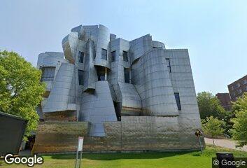 Frank Gehry, Weisman Art Museum, 1993