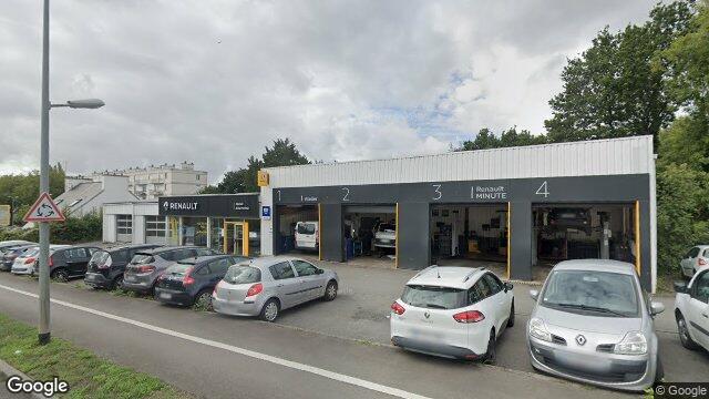 Garage de la penfeld brest for Garage brest location