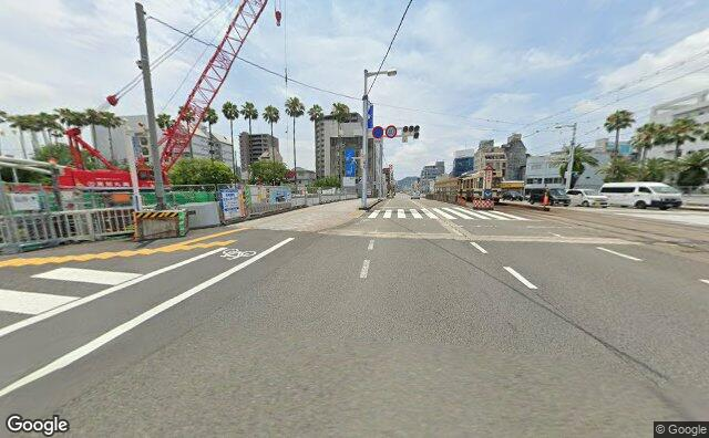 Streetview?size=640x396&location=33.5641226249619%2c133.543512638475&heading=173.424018320006&pitch= 7