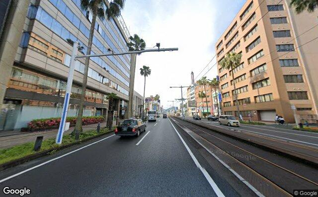 Streetview?size=640x396&location=33.5651318271909%2c133.543617174077&heading=180.931941377543&pitch=9