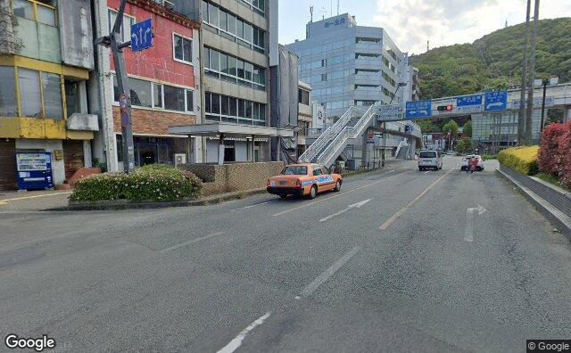 Streetview?size=640x396&location=34.0705129076336%2c134.546765866754&heading=215.347549873057&pitch= 5