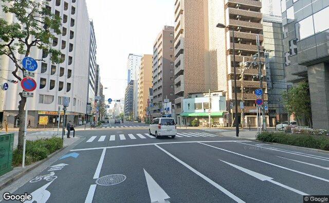 Streetview?size=640x396&location=34.6875487929173%2c135.511654457635&heading=197.801781281604&pitch=5