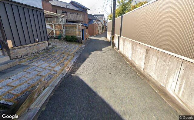 Streetview?size=640x396&location=34.8214851879638%2c137.230780412113&heading=194.749712161427&pitch= 18