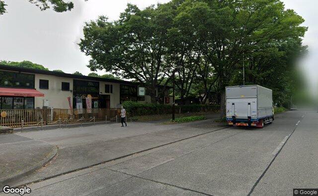 Streetview?size=640x396&location=35.1827605234074%2c136.905051610531&heading=315.760863881797&pitch=1