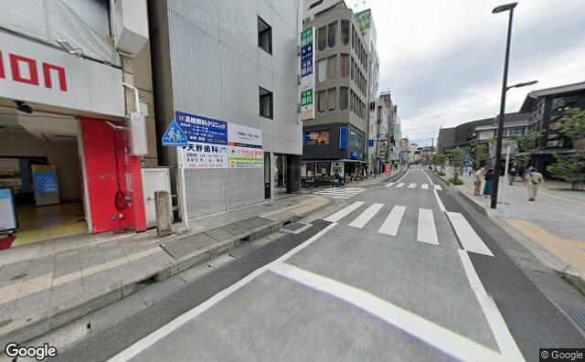 Streetview?size=640x396&location=35.2548737978047%2c139.155942071427&heading=166.723469759611&pitch= 5