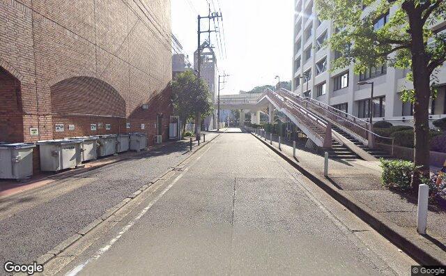 Streetview?size=640x396&location=35.4433100829526%2c139.651336488656&heading=125.862232476763&pitch= 3