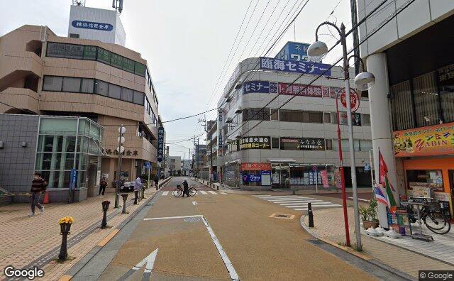 Streetview?size=640x396&location=35.5352019409828%2c139.472619518496&heading=138.297305429806&pitch=7