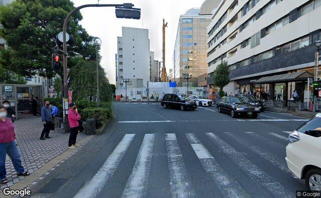 Streetview?size=640x396&location=35.5625975333473%2c139.716777104835&heading= 161.271613563104&pitch= 2