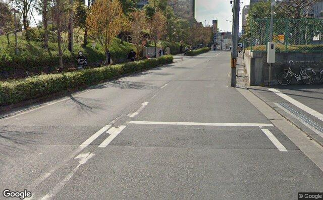 Streetview?size=640x396&location=35.5731928364404%2c139.66239704224&heading=258.91769532395&pitch= 7