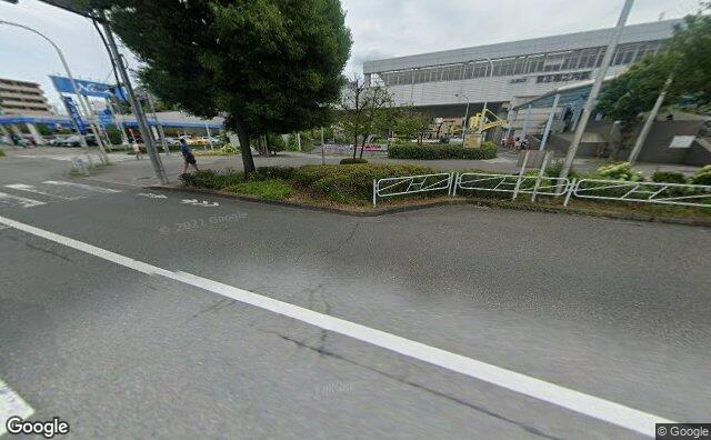 Streetview?size=640x396&location=35.6251772847861%2c139.400586051918&heading=125.400005560239&pitch= 21