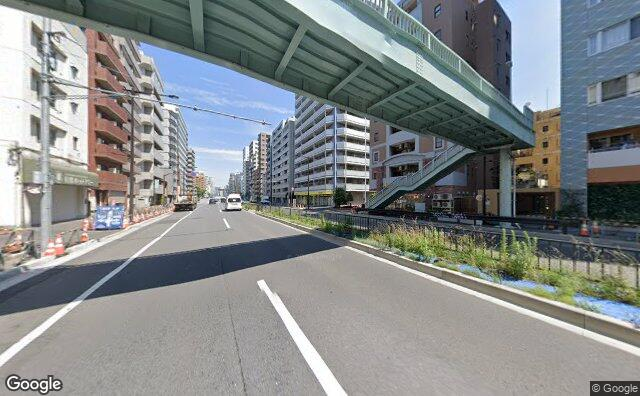 Streetview?size=640x396&location=35.6307179078441%2c139.709674109085&heading=0.0&pitch=0