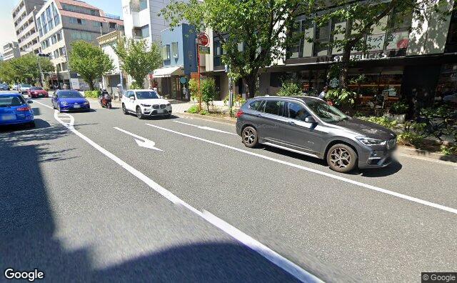 Streetview?size=640x396&location=35.6314341769762%2c139.643433744367&heading= 60.7244846877717&pitch= 13