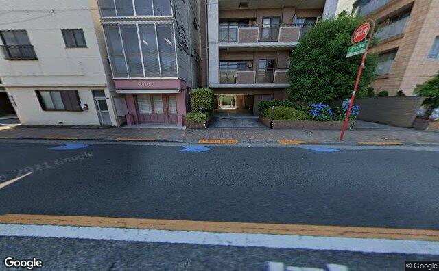 Streetview?size=640x396&location=35.6350316166412%2c139.732912457496&heading=278.297704829537&pitch= 16
