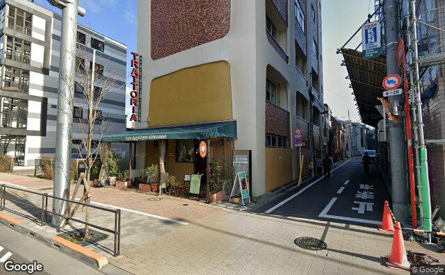 Streetview?size=640x396&location=35.6352085034222%2c139.720554502469&heading=115.479328209877&pitch=3