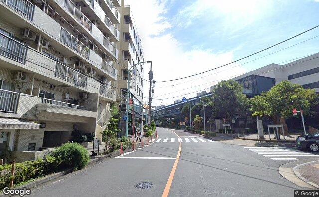 Streetview?size=640x396&location=35.6449476982822%2c139.711804888516&heading=177.775240591438&pitch=11
