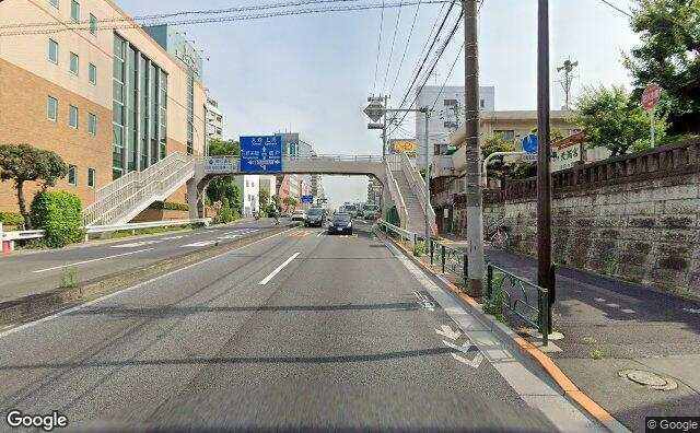 Streetview?size=640x396&location=35.645312020196%2c139.660660906758&heading= 183.014239398625&pitch=0
