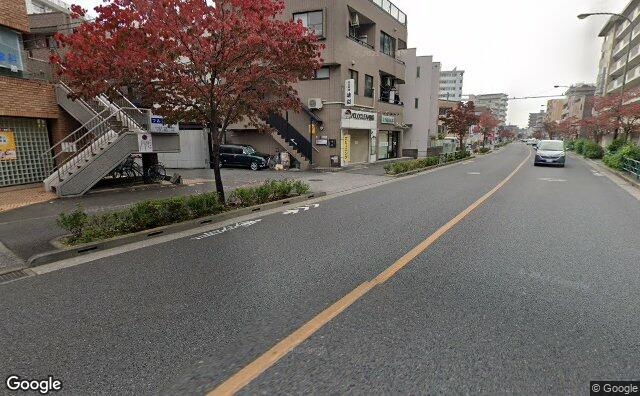 Streetview?size=640x396&location=35.6482016353903%2c139.559350418962&heading=99.4400177380098&pitch= 10