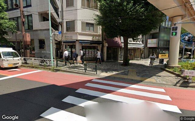 Streetview?size=640x396&location=35.6491528411912%2c139.711421873321&heading=96.6097843991268&pitch= 6