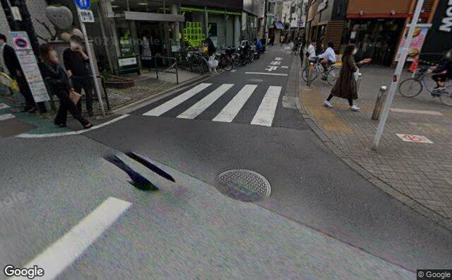 Streetview?size=640x396&location=35.6510619%2c139.6371539&heading= 123.952489534931&pitch= 25