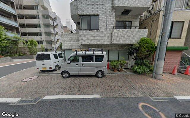 Streetview?size=640x396&location=35.6510785534561%2c139.751379691802&heading=96.4138260149747&pitch= 8