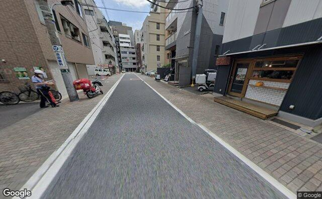 Streetview?size=640x396&location=35.6511018625341%2c139.751688903405&heading=113.424837129721&pitch= 18