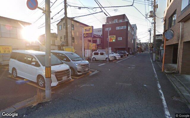 Streetview?size=640x396&location=35.6525983501739%2c139.338795984181&heading=153.330894060749&pitch= 5
