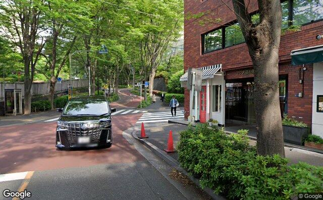 Streetview?size=640x396&location=35.65288996739%2c139.721938344076&heading=291.073497501993&pitch= 1