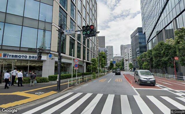 Streetview?size=640x396&location=35.6609173805601%2c139.751639342649&heading=96.0471273006178&pitch=7