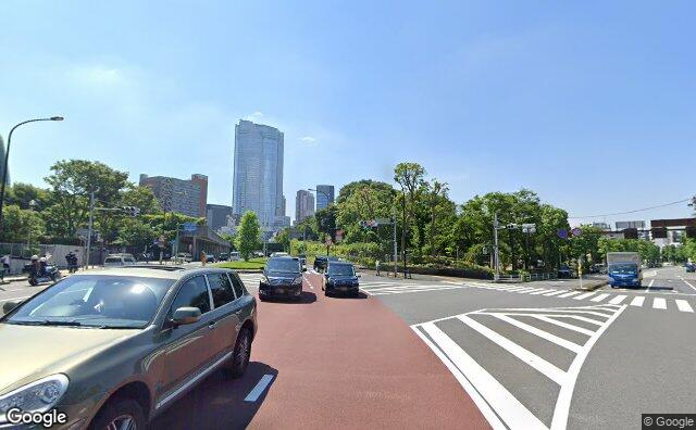 Streetview?size=640x396&location=35.6651980658877%2c139.724723107006&heading=156.733597645052&pitch=6