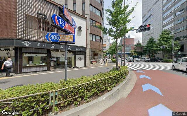 Streetview?size=640x396&location=35.6668576720798%2c139.760462939318&heading=18.2742989961765&pitch=0