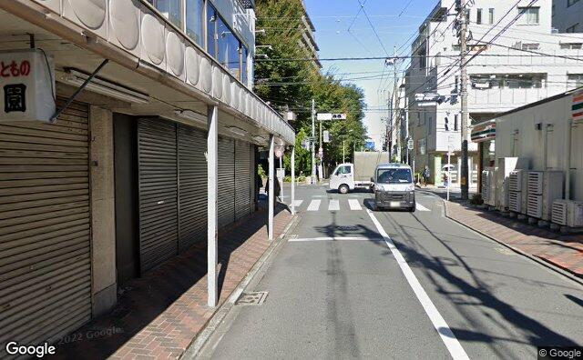 Streetview?size=640x396&location=35.6715111958424%2c139.608998574526&heading=348.406715302013&pitch= 2