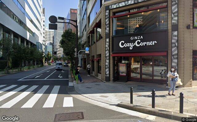 Streetview?size=640x396&location=35.6747481648003%2c139.768900933306&heading=141.816449495604&pitch=0