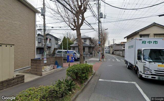 Streetview?size=640x396&location=35.678263236538%2c139.473585420205&heading=83.2620125815384&pitch=0