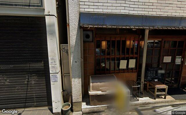 Streetview?size=640x396&location=35.6948595716072%2c139.7639106561&heading=5.07254464285717&pitch= 9