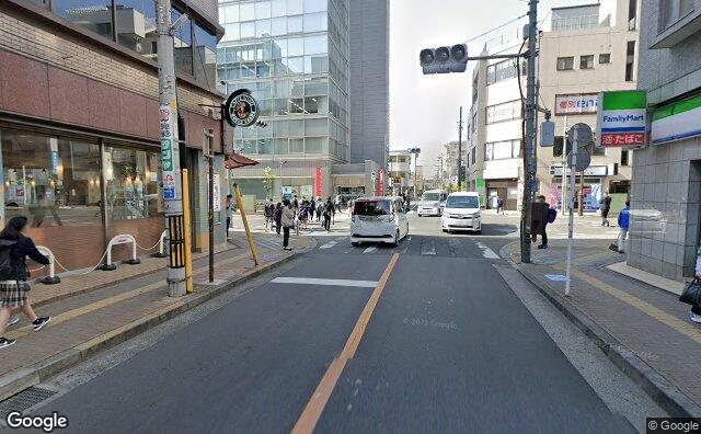 Streetview?size=640x396&location=35.6954821417983%2c139.413461841411&heading=191.020681736099&pitch= 3