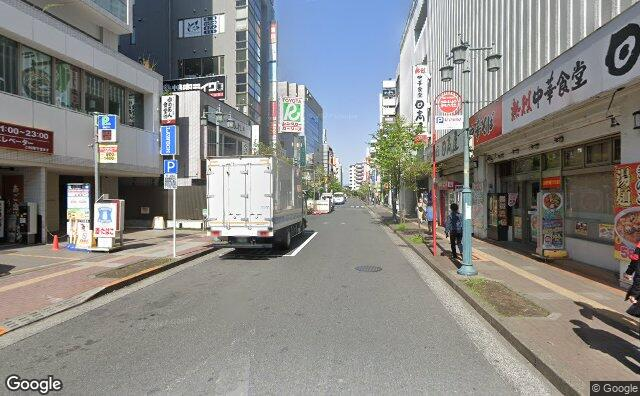 Streetview?size=640x396&location=35.6971174708543%2c139.412660648529&heading=281.417472779746&pitch= 0
