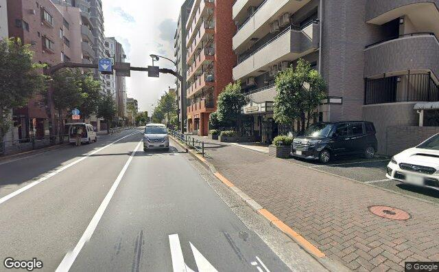 Streetview?size=640x396&location=35.6980348693209%2c139.559133137552&heading=195.070379169577&pitch= 3