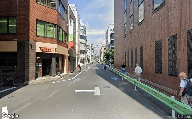 Streetview?size=640x396&location=35.6982744557922%2c139.824513401255&heading=356.383928571429&pitch=0