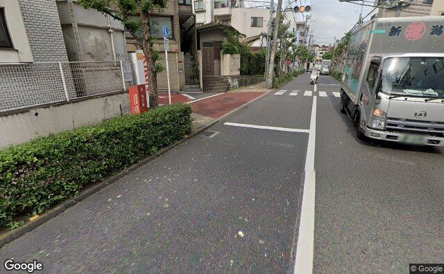 Streetview?size=640x396&location=35.6989311879996%2c139.658374620709&heading= 24.2777934709592&pitch= 20