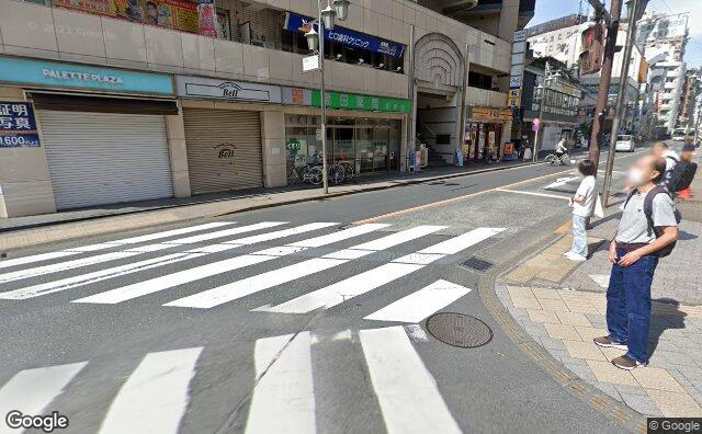 Streetview?size=640x396&location=35.7010058835475%2c139.5610221&heading= 105.465622990687&pitch= 13