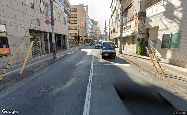 Streetview?size=640x396&location=35.7014723271816%2c139.415576060826&heading=115.796445511144&pitch= 10