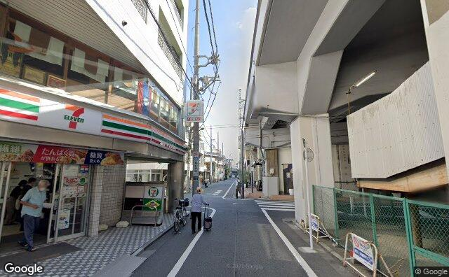 Streetview?size=640x396&location=35.7034501436792%2c139.583431824043&heading=84.2092476204194&pitch=9