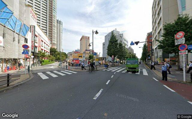 Streetview?size=640x396&location=35.7035267002676%2c139.560864919496&heading=50.5363217738843&pitch=0