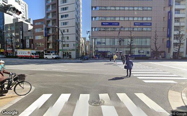 Streetview?size=640x396&location=35.7057548520868%2c139.771827184733&heading=456.051678969007&pitch= 2