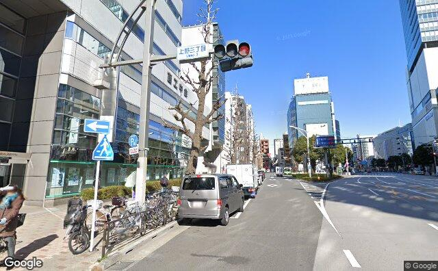 Streetview?size=640x396&location=35.705798222955%2c139.771986419369&heading= 368.4375&pitch=9