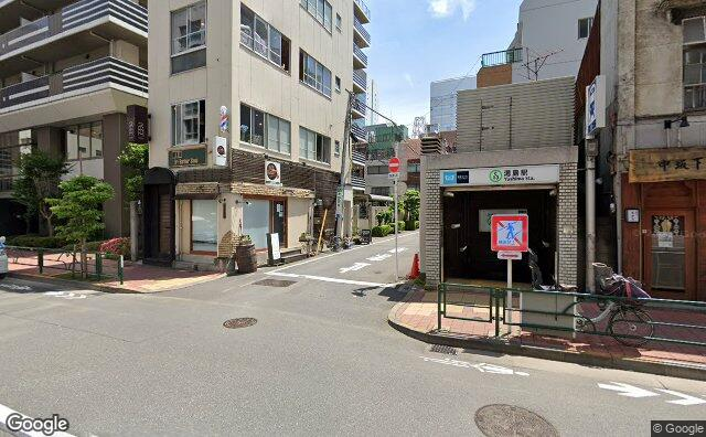 Streetview?size=640x396&location=35.7058286842864%2c139.769899605083&heading= 290.892857142857&pitch= 1
